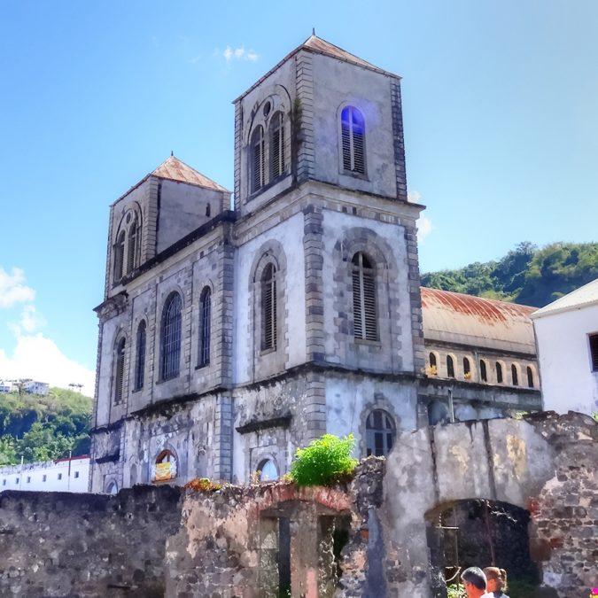 saint pierre cathédrale du mouillaeg