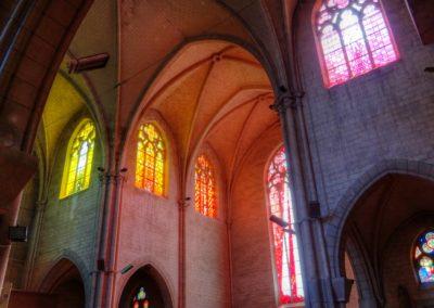 Romilly-sur-Seine - Eglise St-Martin - Création de vitraux par Joël Mône réalisé par l'atelier Vitrail Saint-Georges - Transept Sud - Sud-Est